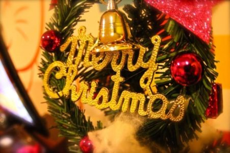 クリスマスパーティーゲーム!!大人数ならプレゼントありのこれ!?